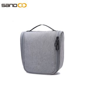 Large-capacity travel toiletrybag for men